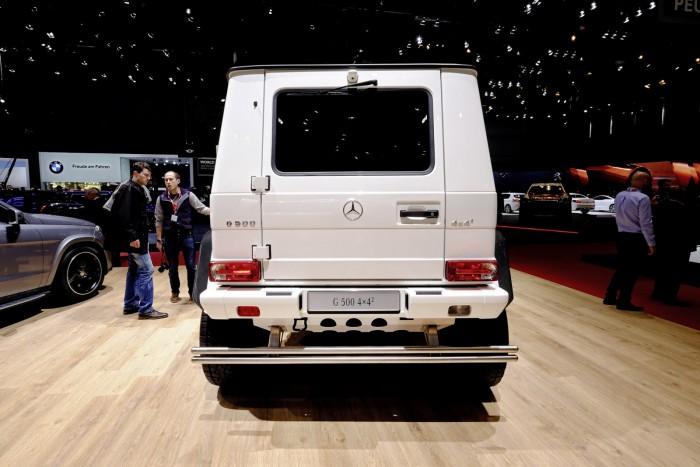 Mercedes-Benz-G500-4x4-3