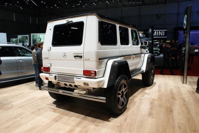 Mercedes-Benz-G500-4x4-6