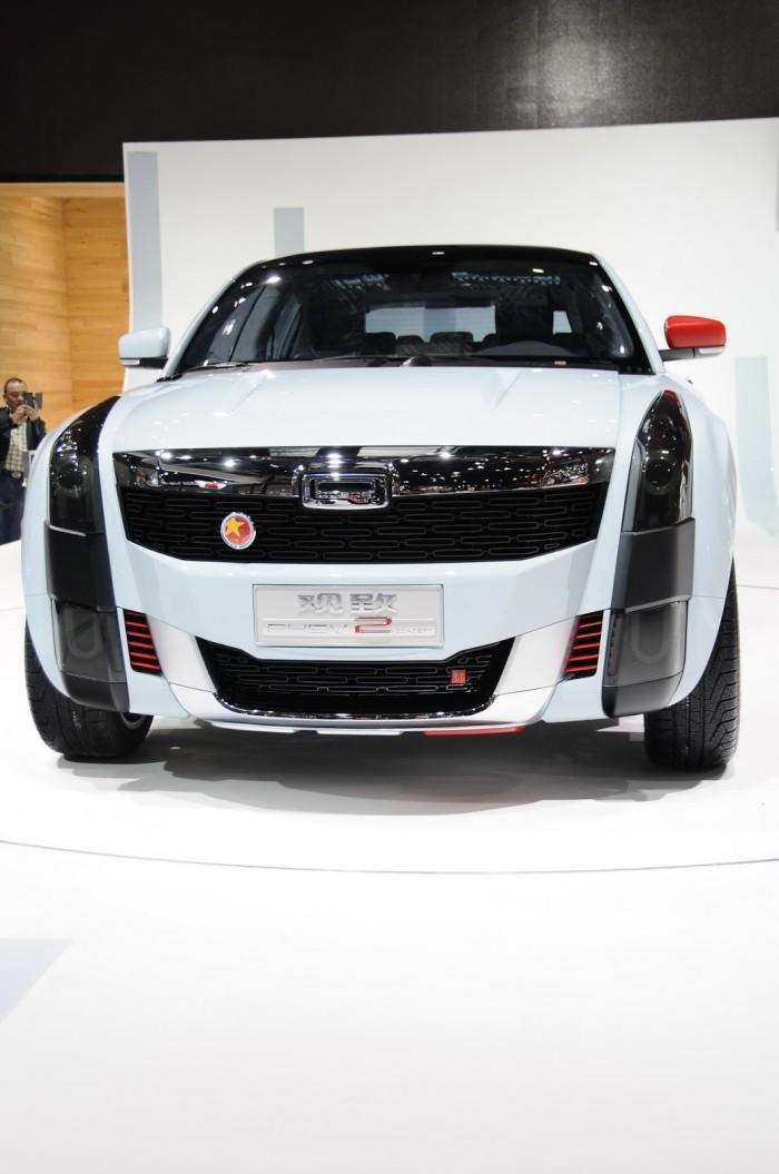 2015-Qoros-2-SUV-11