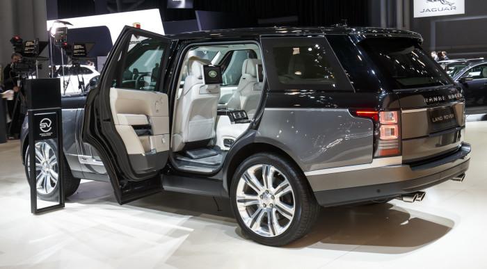 2016-Range-Rover-SVAutobiography-12