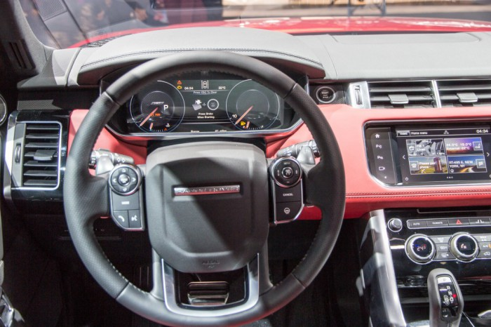 2016-range-rover-sport-hst-limited-edition-2015-new-york-auto-show_100506992_l