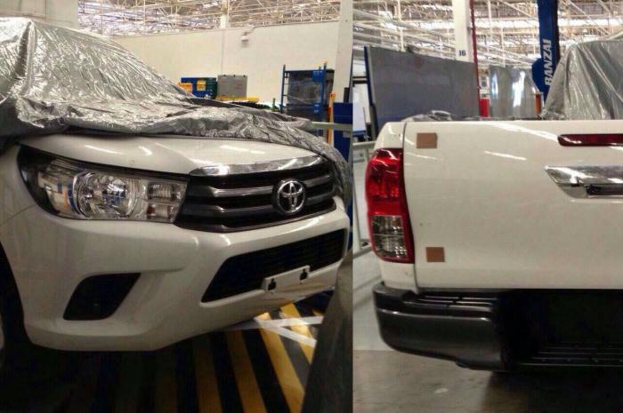 пикап  Toyota Hilux