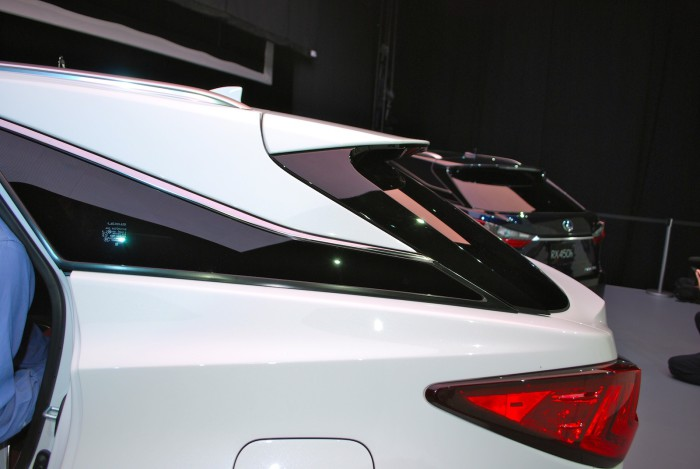 LexusRXLive07