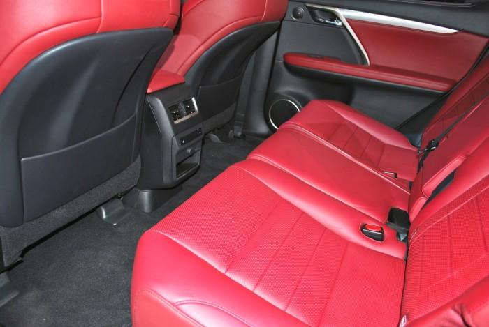 LexusRXLive09