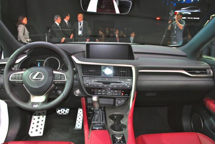 LexusRXLive12