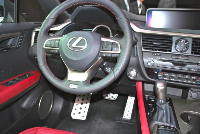 LexusRXLive14