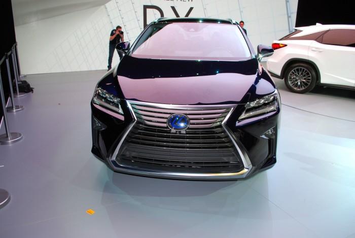 LexusRXLive21