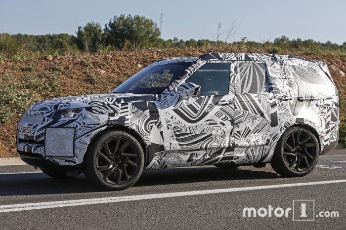 2017-land-rover-discovery-spy-photo (2)