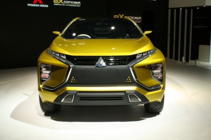 wcf-mitsubishi-ex-compact-crossover-concept-heading-to-tokyo-motor-show-with-next-gen-ev-h (2)