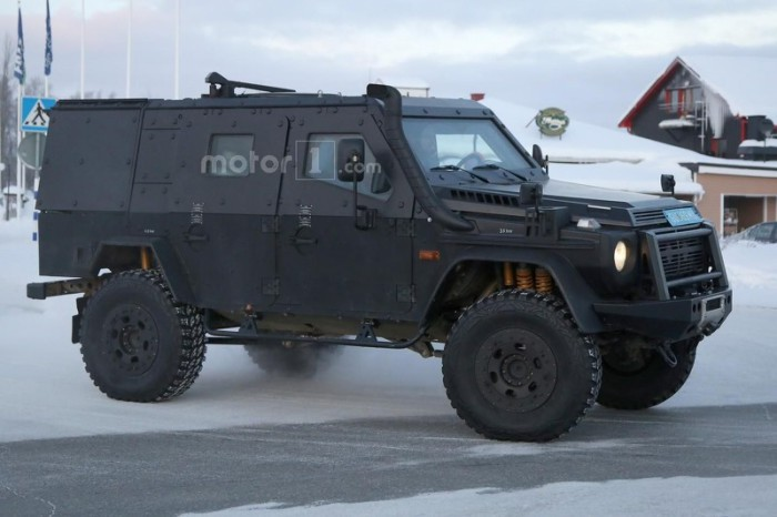 mercedes-g-class-light-armored-patrol-vehicle-spy-photo (1)