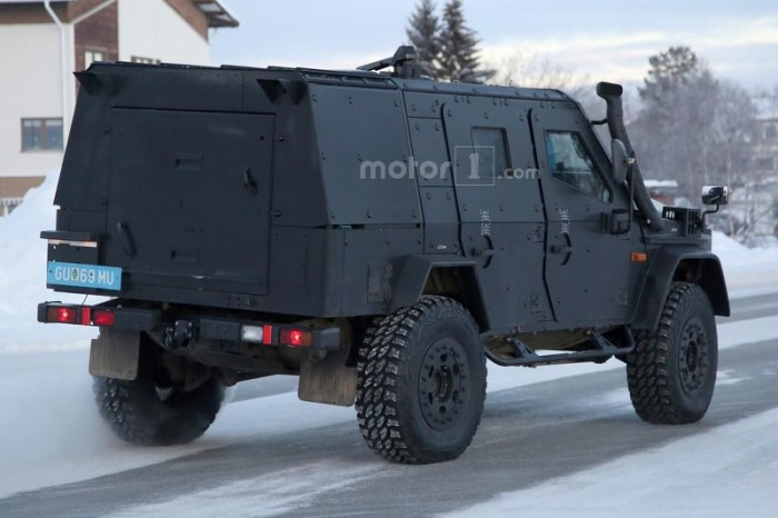 mercedes-g-class-light-armored-patrol-vehicle-spy-photo (4)