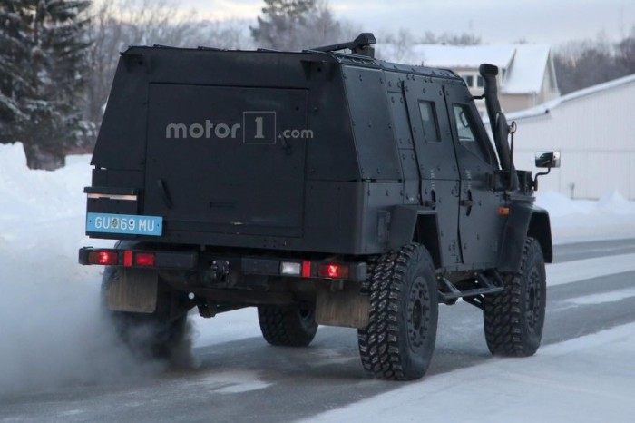 mercedes-g-class-light-armored-patrol-vehicle-spy-photo (5)