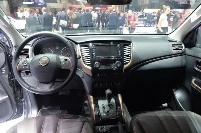 fiat-fullback-show-car (5)