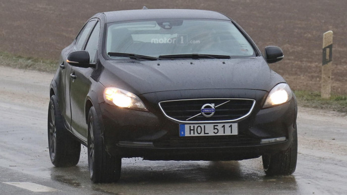 volvo-xc40-spy-photo (1)