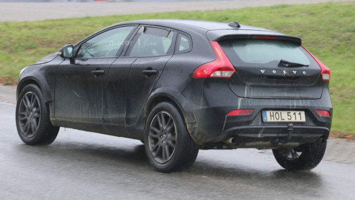 volvo-xc40-spy-photo (4)