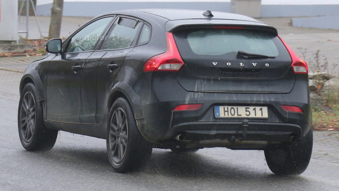 volvo-xc40-spy-photo (5)