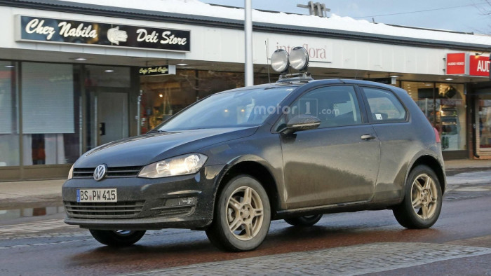 vw-entry-level-crosssover-mule-spy-photo (1)