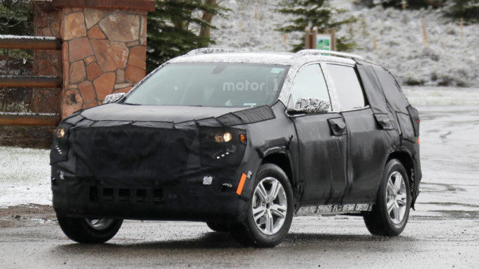 2018-gmc-terrain-spy-photo (1)
