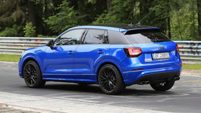 2017-audi-sq2-spy-photo (1)