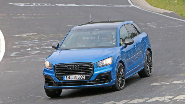 2017-audi-sq2-spy-photo (2)