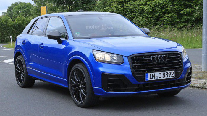 2017-audi-sq2-spy-photo (3)