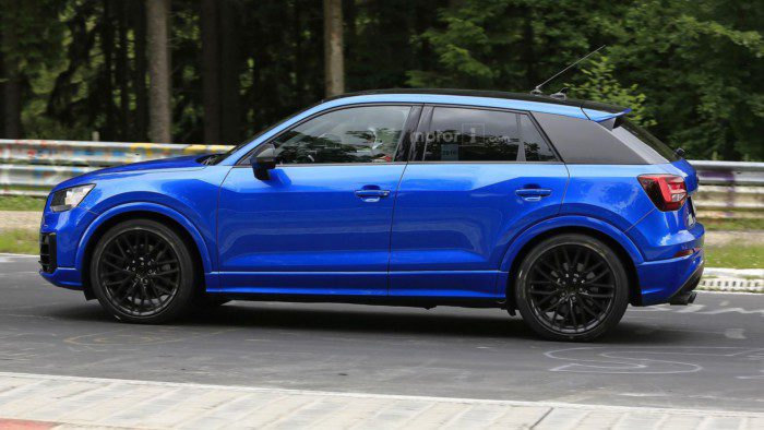 2017-audi-sq2-spy-photo (5)