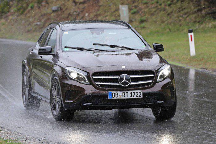 Mercedes-GLB-Mule-002