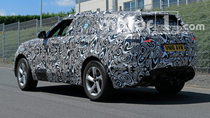 land-rover-range-rover-sport-coupe-spy-pics (4)