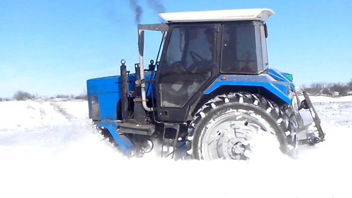 traktor-belarus-mtz-82-4