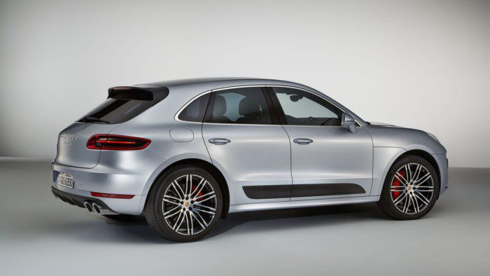 porsche-macan-turbo-with-performance-package (1)