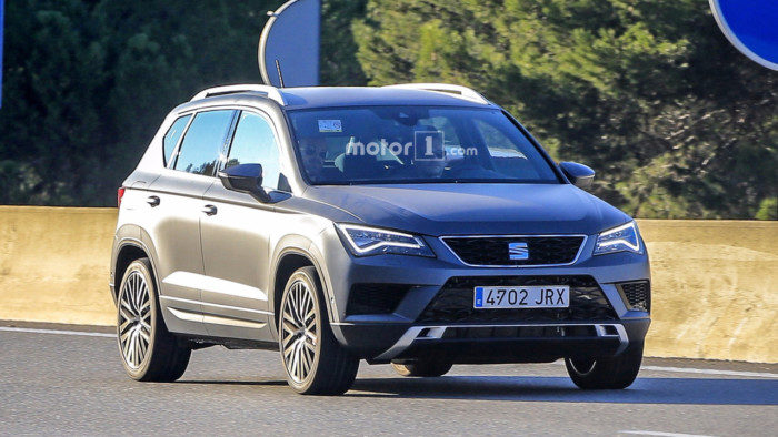 seat-ateca-cupra-spy-photo